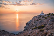 Wood print  Sunrise at the lighthouse in Cala Ratjada - Igor Kondler