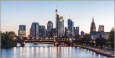 Premium poster Skyline of Frankfurt am Main in the evening