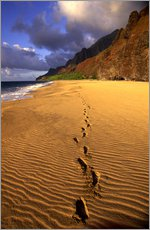 Gallery print  Footprints on Kalalau Beach - Douglas Peebles