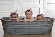 Gallery print  Cheeky Babies in the bath - Eva Freyss