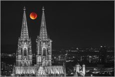 Blood Red Moon Cologne Cathedral