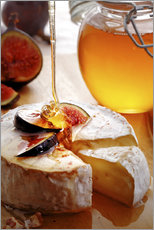 Brie Cheese and Figs with honey