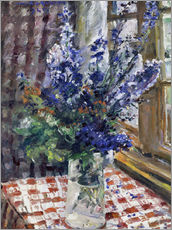 Glass vase with Larkspur. 1924
