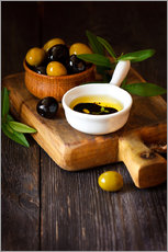 Green and black olives