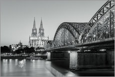 Cologne at night in black and white