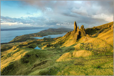 Old Man of Storr in the morning light, Isle of Skye, Scotland