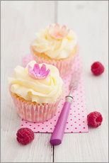 Pink cupcakes with vanilla buttercream
