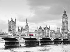 Westminster bridge with look at Big Ben and House of parliament