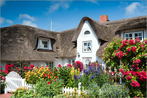 Reiner Würz RWFotoArt - Amrum -  thatched house with flower garden