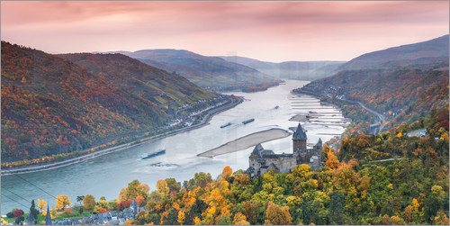 Poster Burg Stahleck on the river Rhine in autumn, Germany