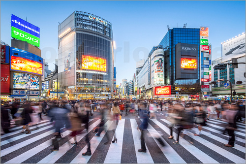 Jan Christopher Becke - The busy intersection Shibuya Crossing in Tokyo, Japan