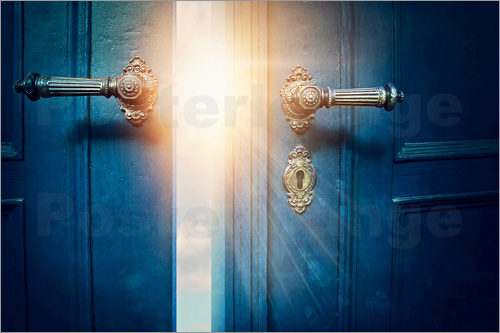 Elena Schweitzer - Open blue door and sunshine