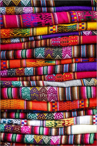 Yadid Levy - Woven blankets at a market, Cuzco