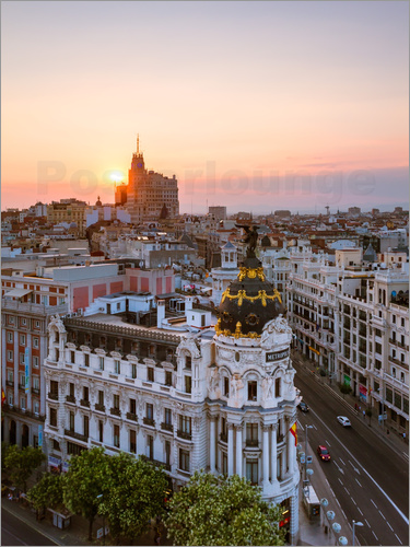 Matteo Colombo - Gran Via at sunset, Madrid
