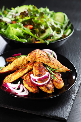 Low Carb - meat and salad