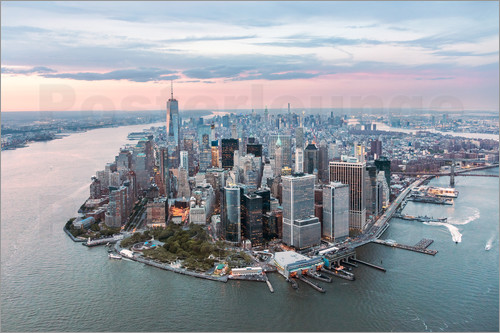 Poster Aerial view of lower Manhattan with One World Trade Center at sunset, New York city, USA