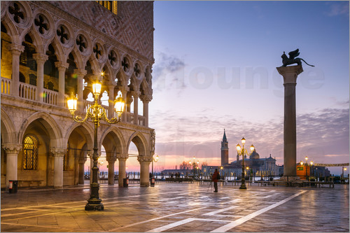 Matteo Colombo - St Mark square and Doges palace at sunrise, Venice, Italy