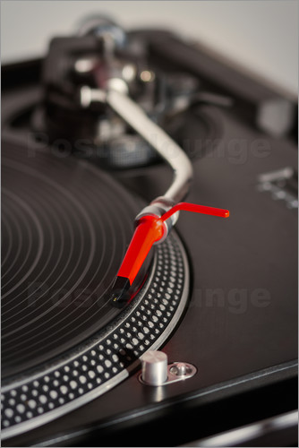 Turntable with red head