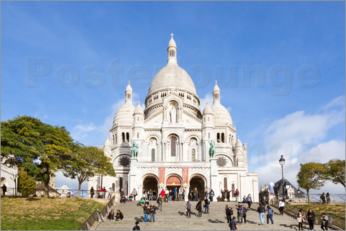 Matteo Colombo - Sacre Coeur basilica on top of Montmartre hill, Paris, France