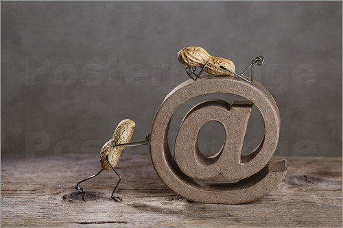 Nailia Schwarz - Simple Things - Email