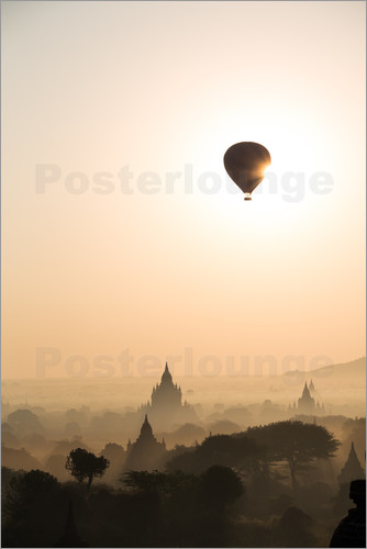 Matteo Colombo - Sunrise with balloon, Bagan