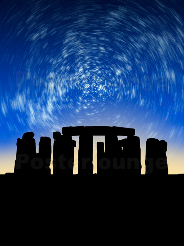 VICTOR HABBICK - Star trails over Stonehenge