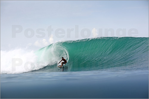 Paul Kennedy - Surfer in paradise - big green surfing wave