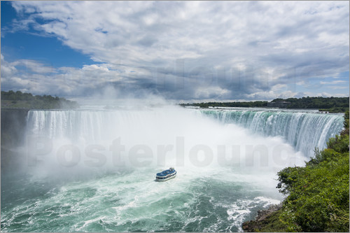 Michael Runkel - Tourist boat in the mist of the Horseshoe Falls (Canadian Falls), Niagara Falls, Ontario, Canada, No