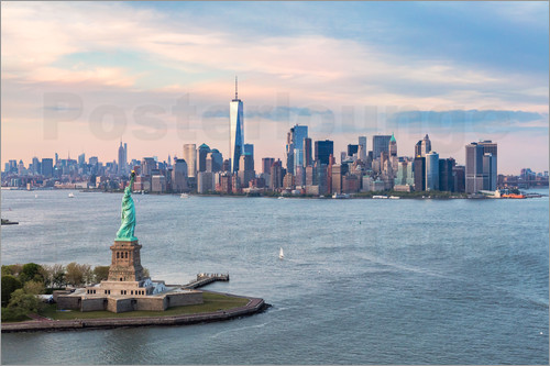 Poster Aerial view of Statue of Liberty and World Trade Center at sunset, New York city, USA