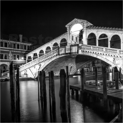 Poster venice rialto bridge at night