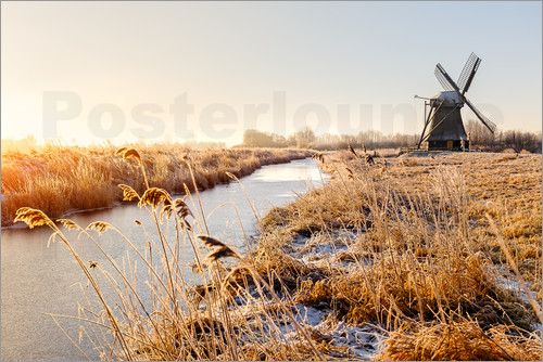 Reemt Peters-Hein - Windmill near Sande at cold winter morning