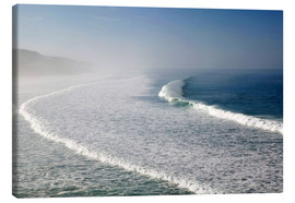Canvas  Waves at the coast in the morning mist - Walter Bibikow
