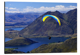 Alu-Dibond  Paraglider above a mountainscape - David Wall