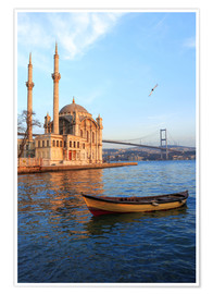 Premium poster  Rowboat and Ortakoy Mosque - Ali Kabas