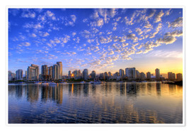 Poster  Blue sky at sunrise over the skyline of Vancouver - Chuck Haney