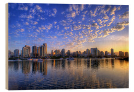 Wood  Blue sky at sunrise over the skyline of Vancouver - Chuck Haney