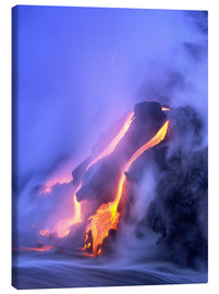 Douglas Peebles - Kilauea volcano on Hawaii during an eruption