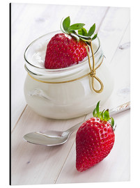 Aluminium print  Fresh strawberries with curd - Edith Albuschat