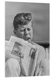Forex  John F. Kennedy with a newspaper - John Parrot