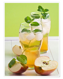 Poster Apple juice with fresh mint