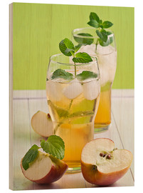 Wood print  Apple juice with fresh mint - Edith Albuschat