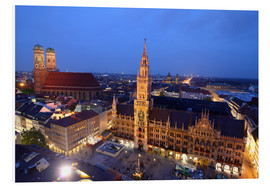 Forex  Church of our Lady and the new town hall in Munich at night - Buellom