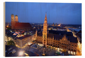 Wood print  Church of our Lady and the new town hall in Munich at night - Buellom