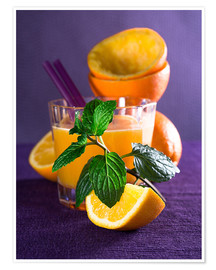Poster  Orange juice in a glass - Edith Albuschat