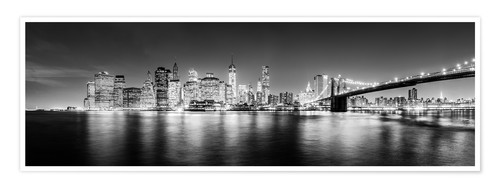 Premium poster New York City skyline by night (Monochrome)
