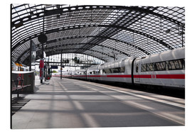 Aluminium print  White train at Berlin Central Station - CAPTAIN SILVA