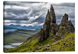 Canvas  Old Man of Storr, Isle of Skye, Scotland - Walter Quirtmair
