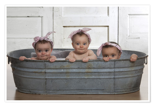 Premium poster Cheeky Babies in the bath