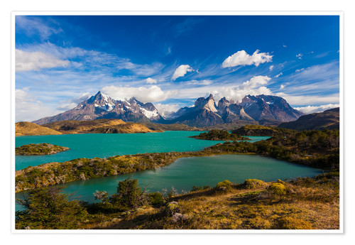 Premium poster View of the Torres del Paine