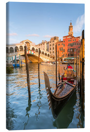 Canvas print  Gondola at Rialto bridge - Matteo Colombo